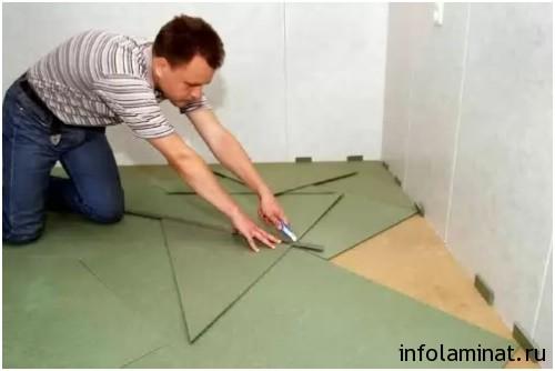 Использование подложки при укладке ламината в Омске