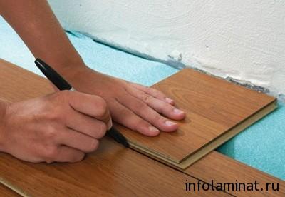 Как правильно положить ламинат на пол